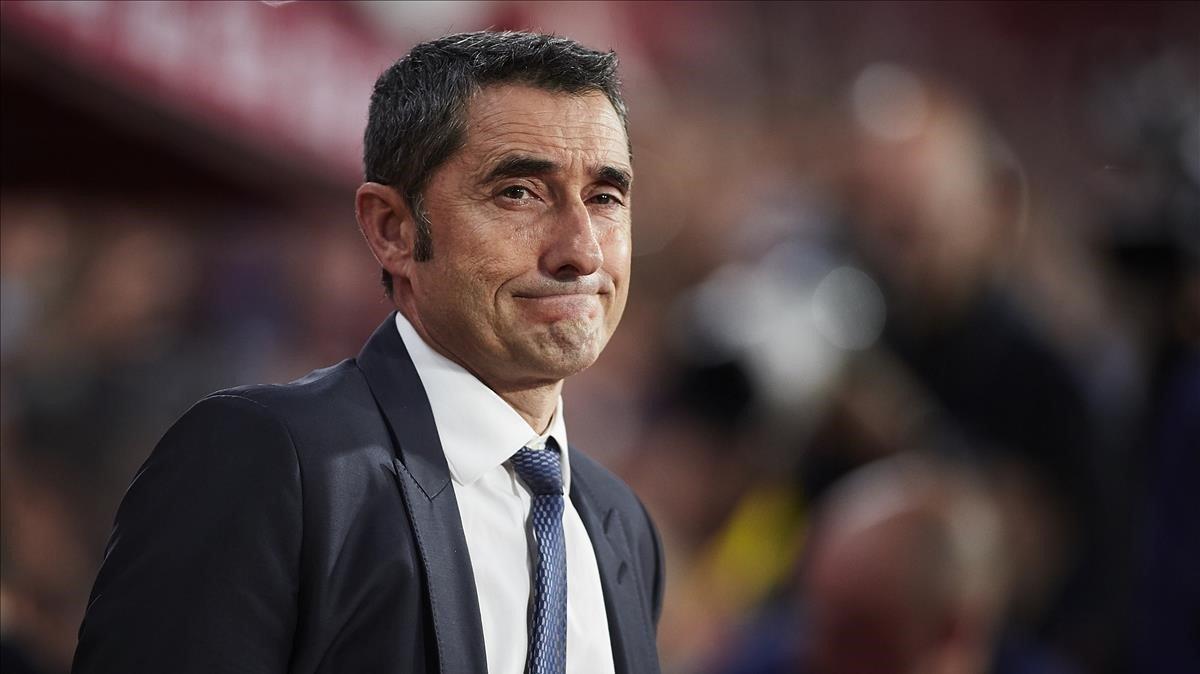 Valverde, en el Nuevo Los Cármenes durante el Granada-Barça.