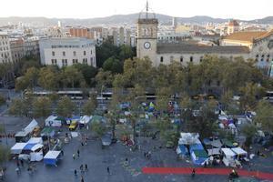 Acampada frente a la Universitat de Barcelona en protesta por la sentencia del 1-O, en noviembre del 2019.