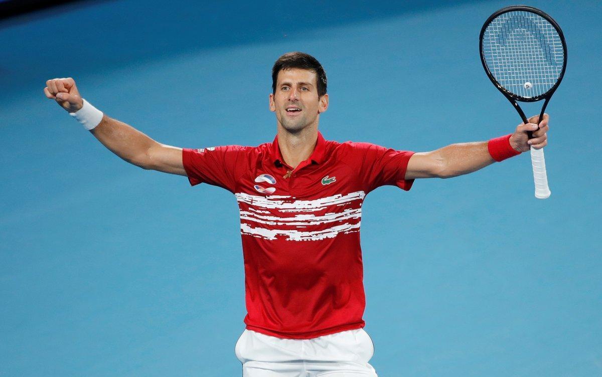 Djokovic celebra la victoria ante Nadal en la ATP Cup, este domingo.