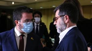 El president de la Generalitat, Pere Aragonès, y el secretario general de Junts, Jordi Sànchez.