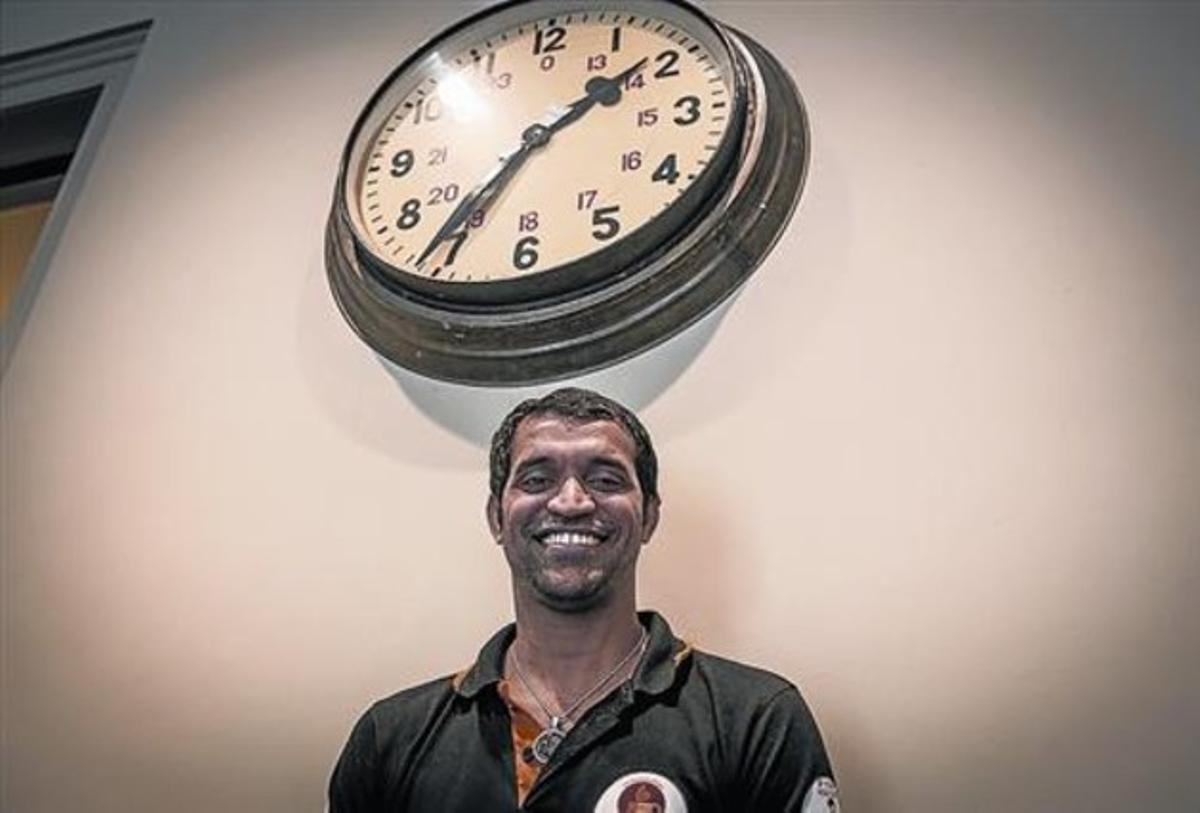"""Amin Sheikh: """"A mis 33 años continúo siendo un niño de la calle"""""""