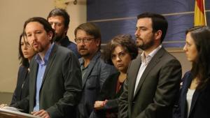 Pablo Iglesias, Xavier Domènech y Alberto Garzón en la comparecencia en el Congreso para promover una moción de censura.