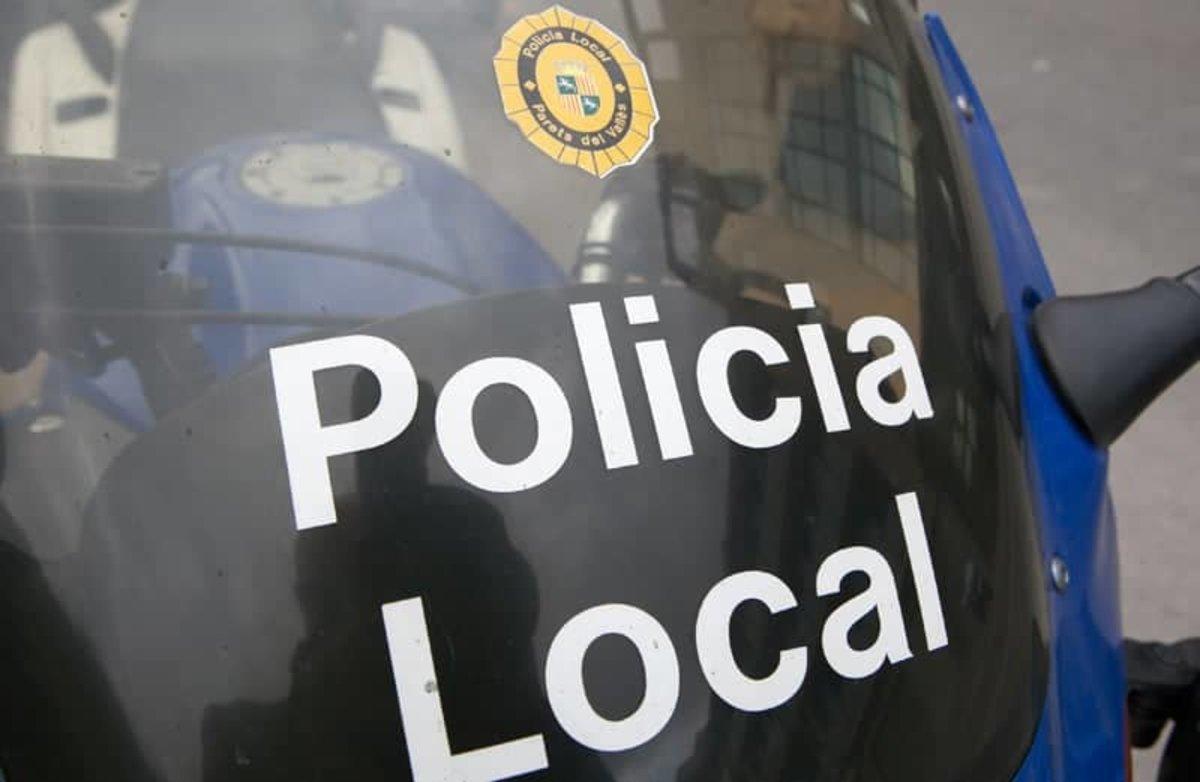 La policia local de Parets del Vallès evita un robatori a la Biblioteca Can Butjosa