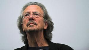 El escritor Peter Handke.