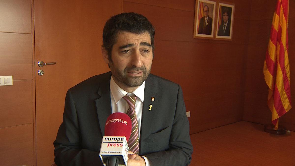 El 'conseller' de Políticas Digitales y Administración Pública, Jordi Puigneró, explica que a partir de 2019 ofrecerá a los funcionarios de la Generalitat la posibilidad de acudir a sus puestos de trabajo el Día de la Constitución y el Día de la Hispanidad.