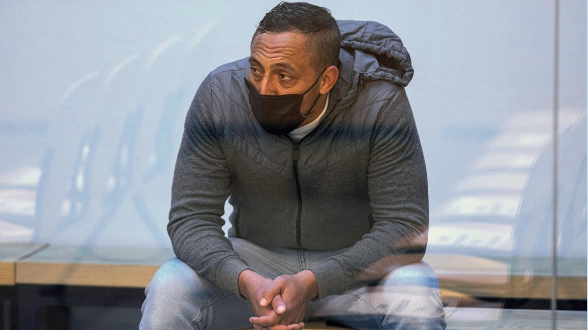Juicio por los atentados del 17-A. Driss Oukabir afirma que consumía drogas y frecuentaba señoritas de compañía.