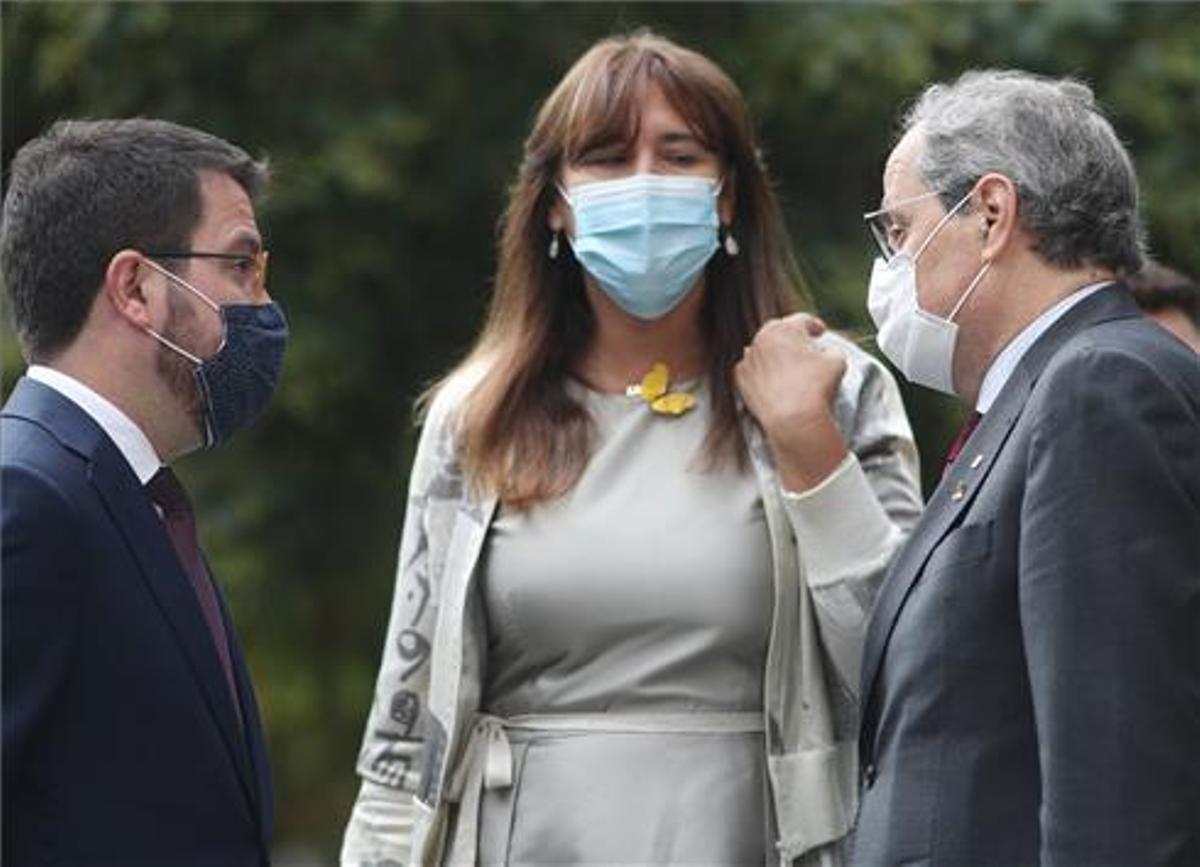 Pere Aragonès, Laura Borràs y Quim Torra en una imagen de septiembre del 2020, ante el Tribunal Supremo, en Madrid.