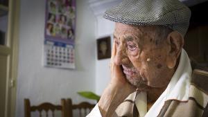 Entrevista a l'extremeny Francisco Núñez Olivera, l'home més longeu del món.