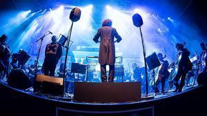 Concierto de Los Planetas en formato sinfónico en el Festival Jardins Pedralbes