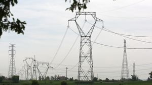 Moren almenys sis persones al caure una torre elèctrica al Brasil