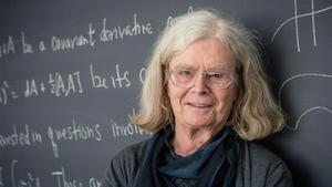 Karen Uhlenbeck, primera dona guanyadora del 'Nobel' de matemàtiques