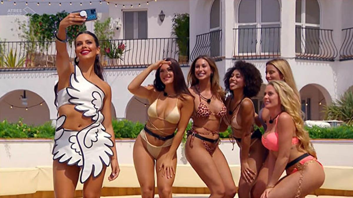 Cristina Pedroche, en 'Love Island' (Neox).