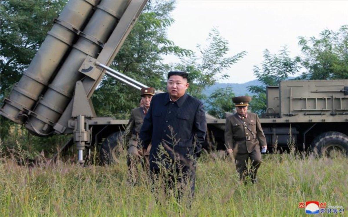 Kim Jong-un en un lanzamiento de prueba de misiles norcoreanos.