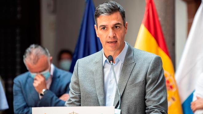 Pedro Sánchez anuncia un nuevo paquete de ayudas de 206 millones para la reconstrucción de La Palma