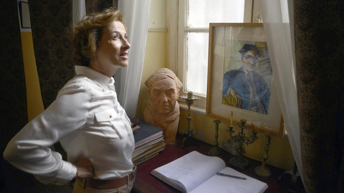Julia Navarro en casa de Cavafis