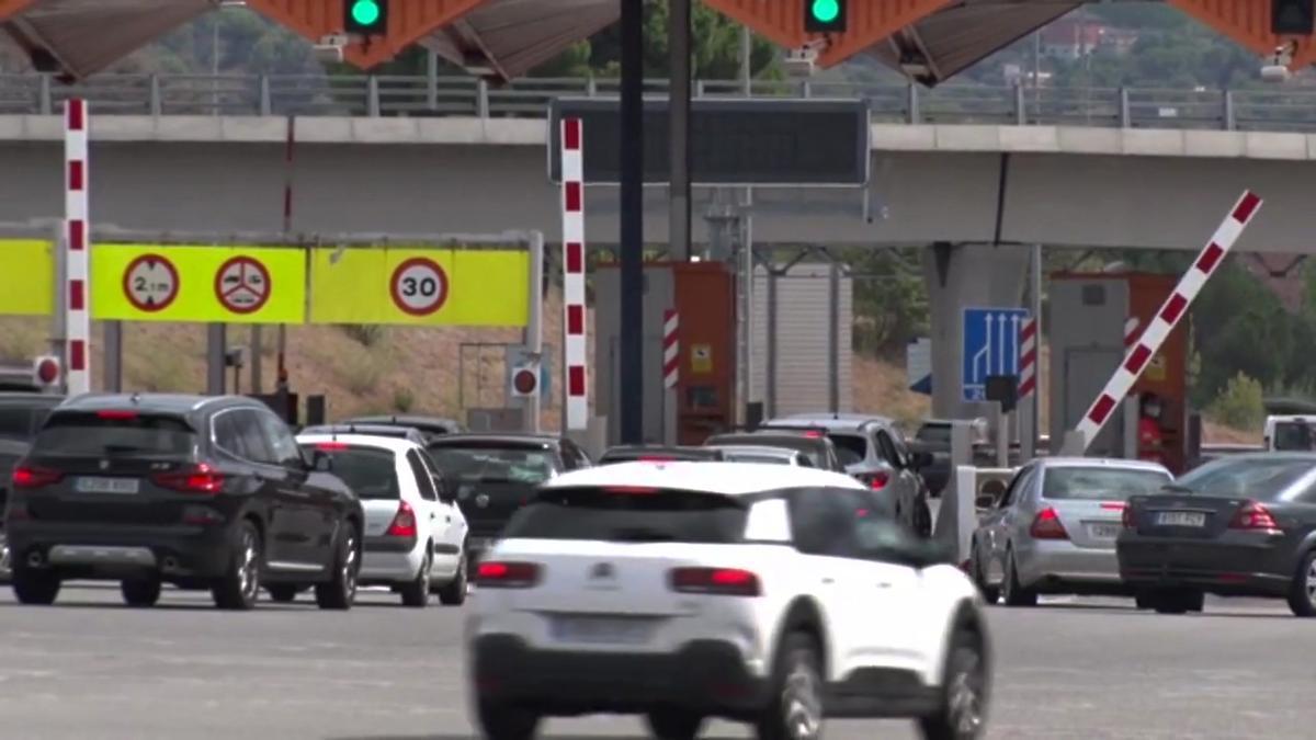 Los camiones no podrán circular por la AP-7 los domingos