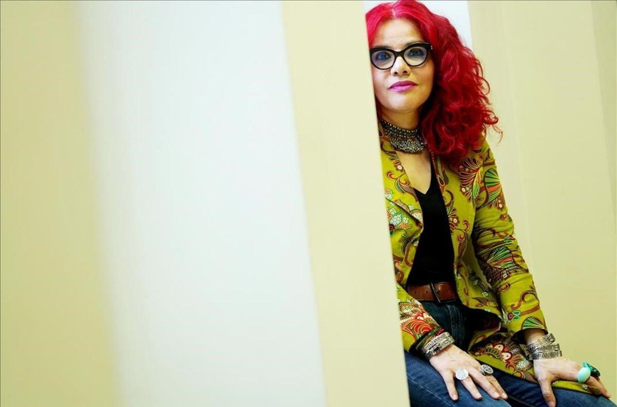 """Mona Eltahawy: """"Quien controla el dormitorio, controla el mundo"""""""