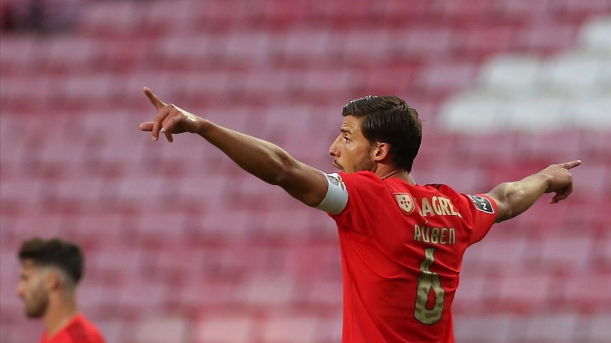 Ruben Dias, con la camiseta del Benfica.