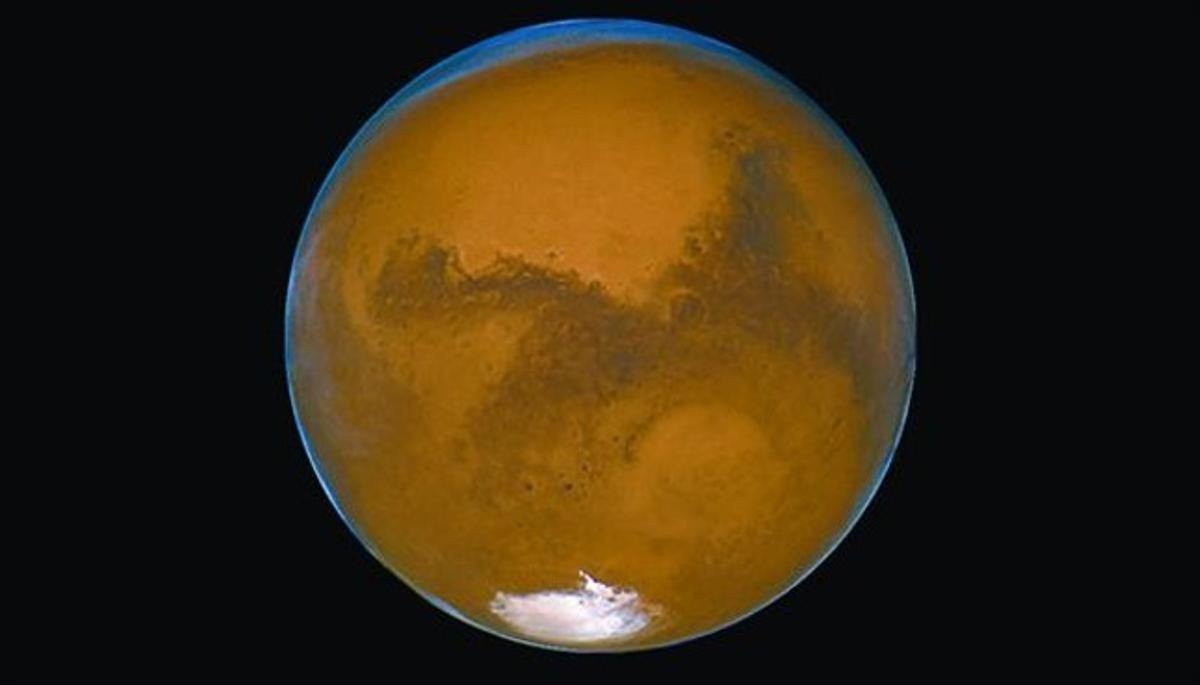 Una imagen de Marte captada con el telescopio espacial Hubble.
