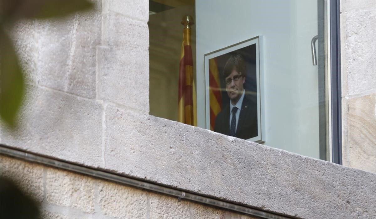 Retrato de Carles Puigdemont, en el interior del Palau de la Generalitat.