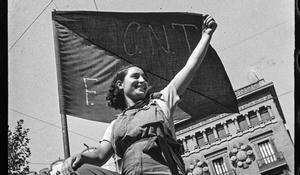 Miliciana', de Antoni Campañà, para la muestra sobre sus fotos de la Guerra Civil que se podrá ver en el MNAC.