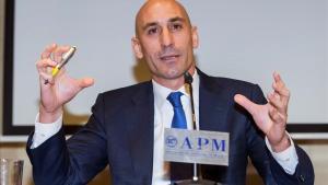 Luis Rubiales, durante la rueda de prensa en la que hizo oficial su renuncia a la presidencia de la AFE para aspirar a la de la RFEF.