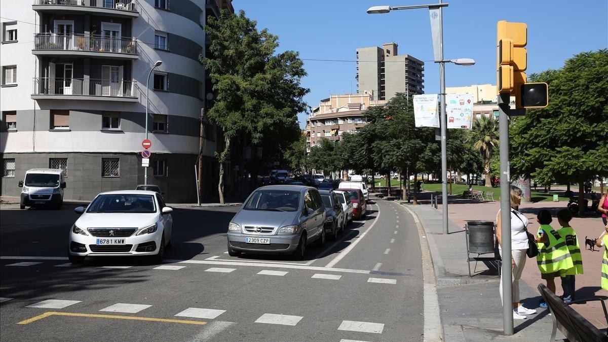 Imagen de la avenida de Borbó, en Nou Barris, esta mañana.