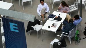 Ambiente en el campus de Esade en Sant Cugat el día de su inauguración