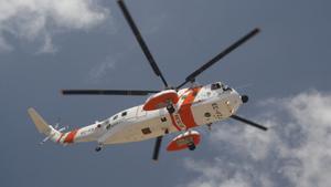 Un helicóptero.