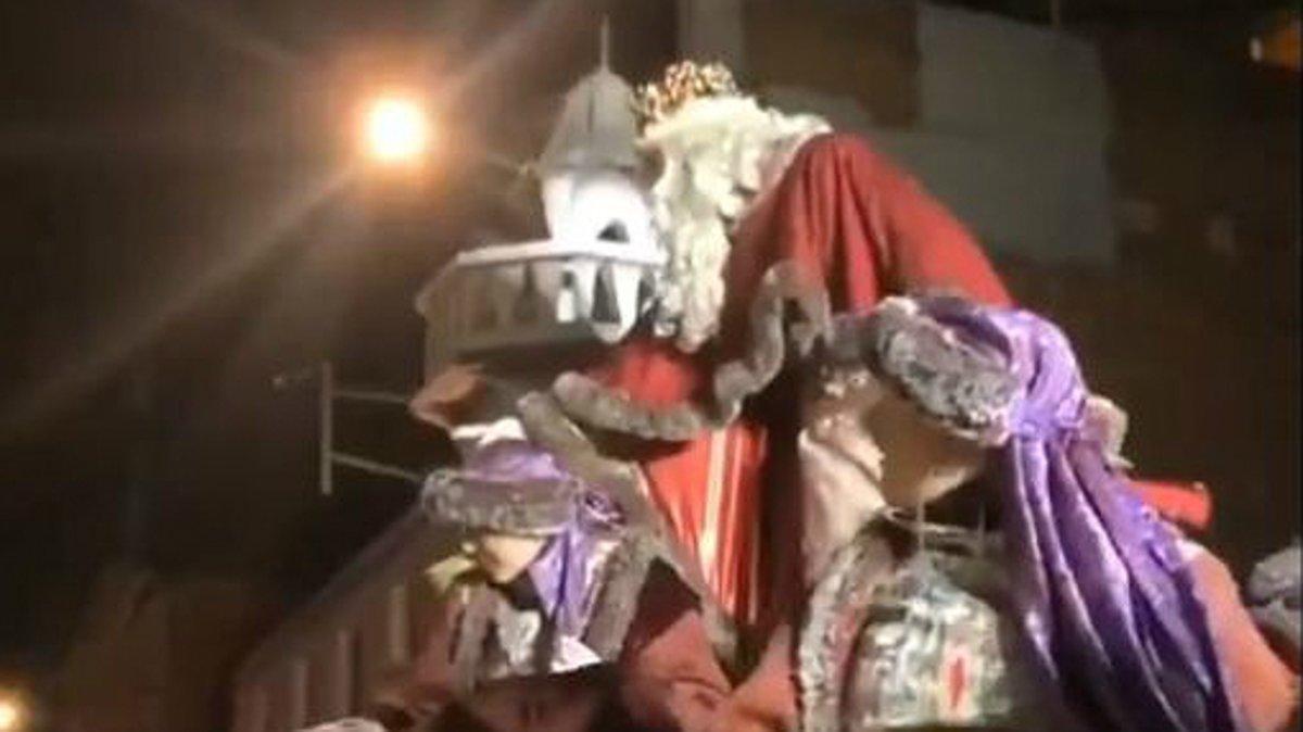 El rey Melchor de la cabalgata de Terrassa de este domingo.