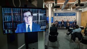 El presidente de la CEOE, Antonio Garamendi (izquierda), participa telemáticamente en las Jornadas de Economía de S'Agaró; junto a los líderes de CCOO, Unai Sordo, y UGT, Pepe Álvarez.