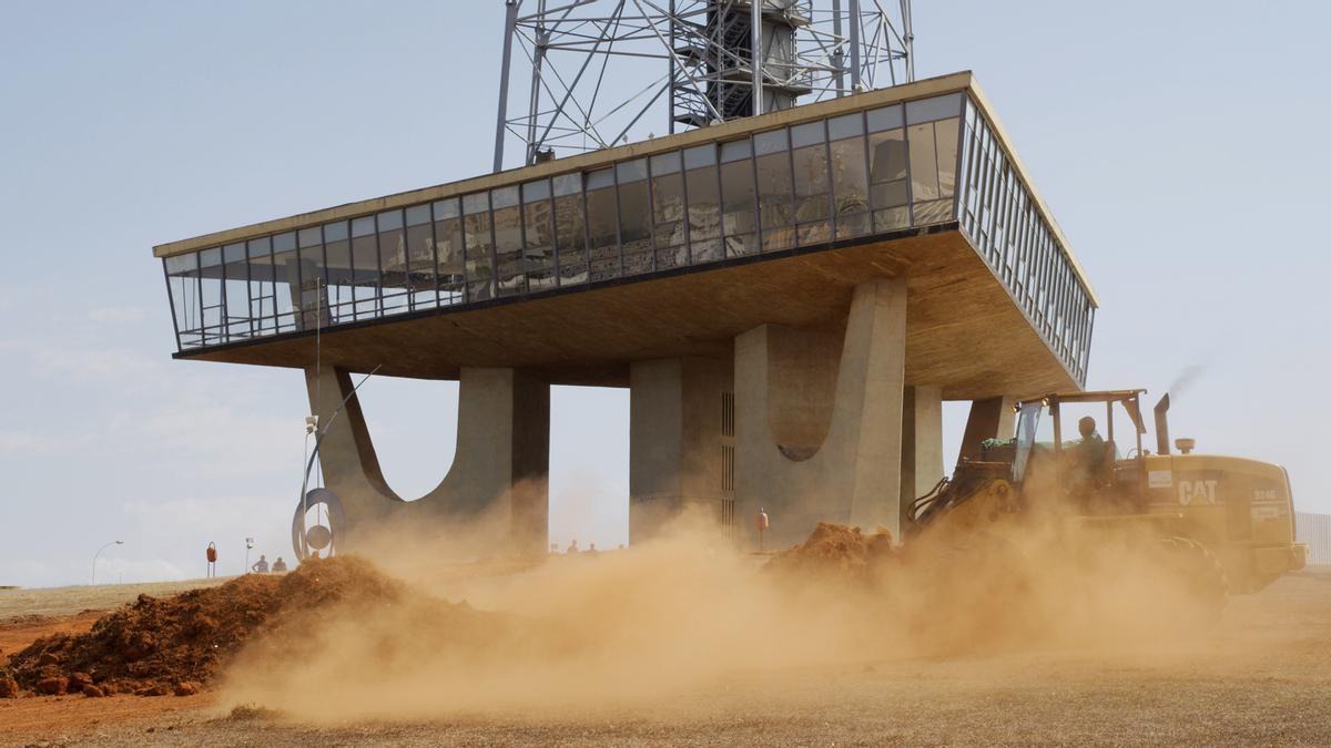 Una escena de 'A machine to live in', onírico documental a concurso sobre la deseada y decepcionante Brasilia.