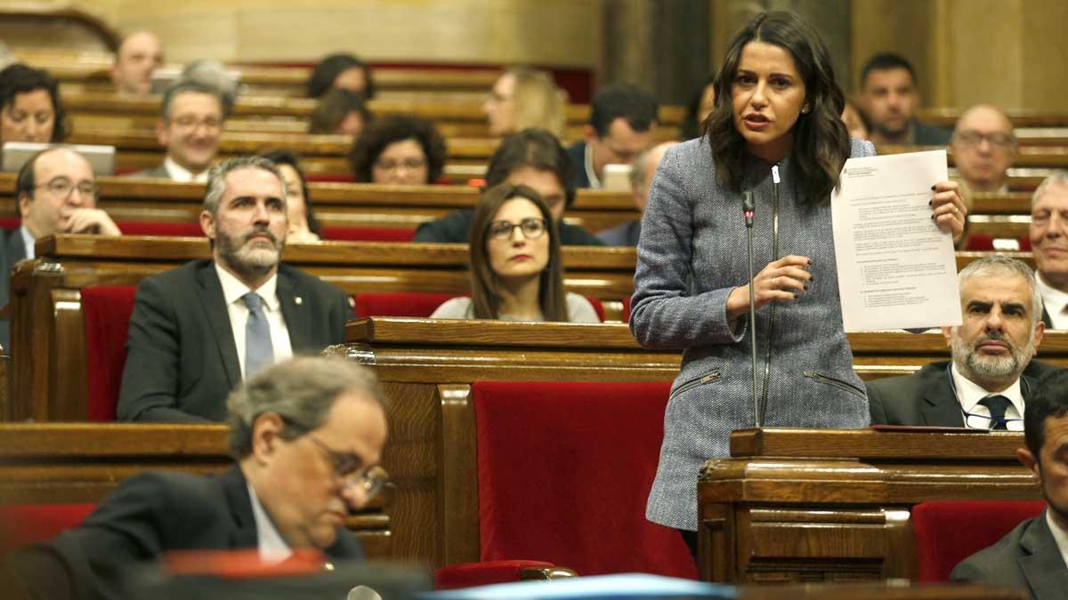 Declaraciones del presidente de la Generalitat, Quim Torra, y de la líder de Cs, Inés Arrimadas, que se han enzarzado en el Parlament.