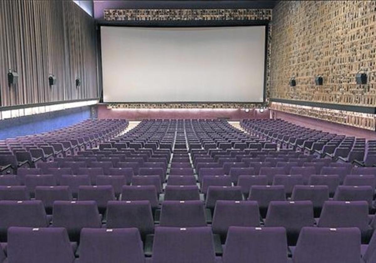 Superviviente. La gran sala central del cine Aribau de Barcelona, del Grupo Balañá.