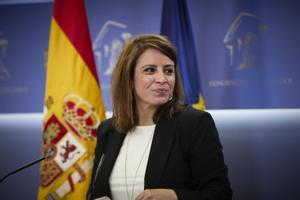 La vicesecretaria general del PSOE y portavoz del grupo parlamentario, Adriana Lastra, este martes en la rueda de prensa tras la Junta de Portavoces.