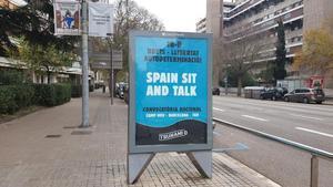 Cartel publicitario de Tsunami Democràtic, en Barcelona.