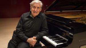 El pianista Joaquín Achúcarro.