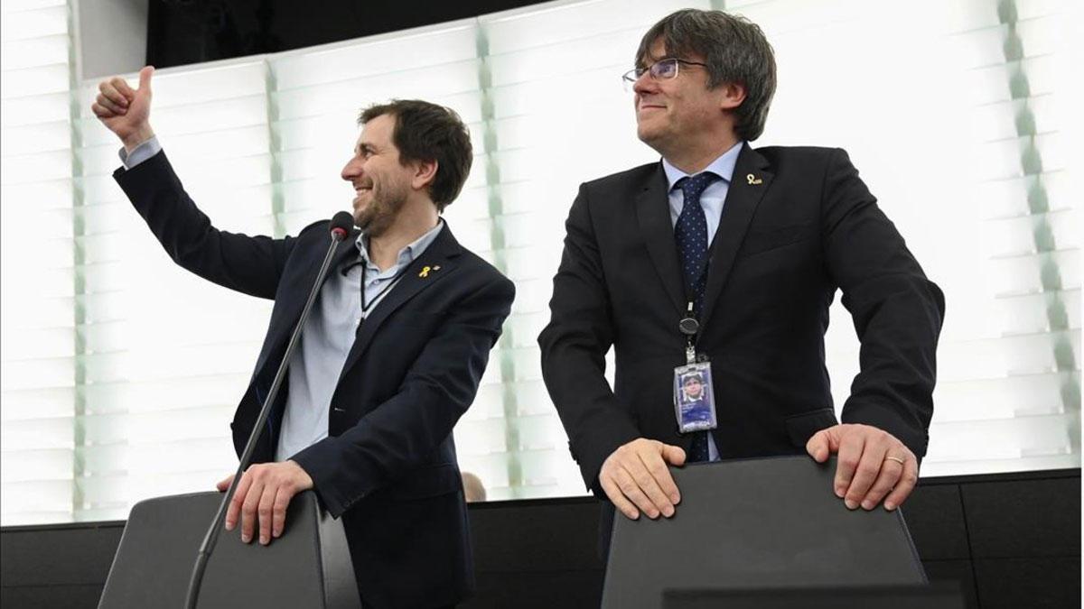 La Eurocámara anuncia el inicio del suplicatorio contra Puigdemont y Comín.