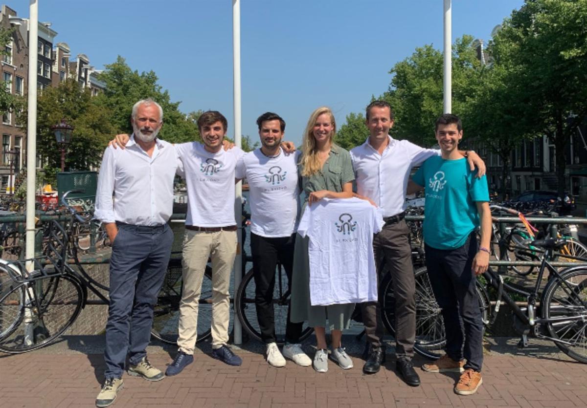 Imagen del equipo fundador de Flexidao con susinversores de Amsterdam, SET Ventures.