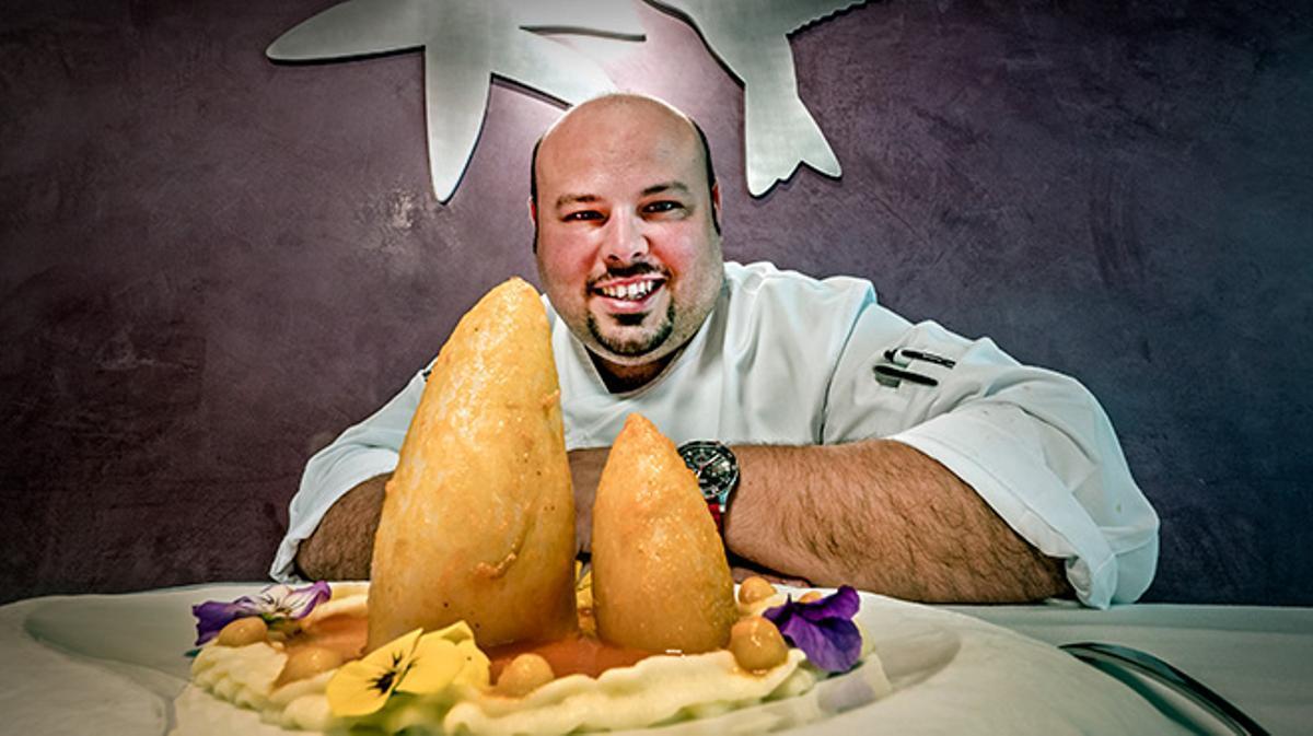 Así hace Jordi Esteve, del restaurante Nectari, la recetade calamares rellenos de butifarra de su abuela.