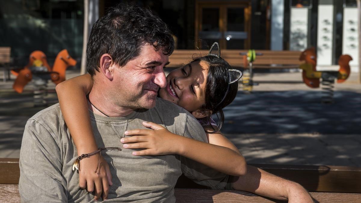 El empresario catalán Jaume Costa junto con su hija Rubí.