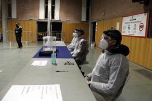 Salut calcula que el 14-F podran votar 14.000 contagiats i fins a 80.000 afectats pel coronavirus