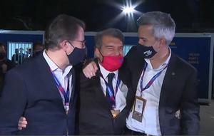Freixa y Font felicitan a Laporta tras ganar las elecciones a la presidencia del Barça.