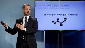El vicesecretario del PP Javier Maroto en la presentación de la ponencia social que el PP defenderá en su congreso nacional