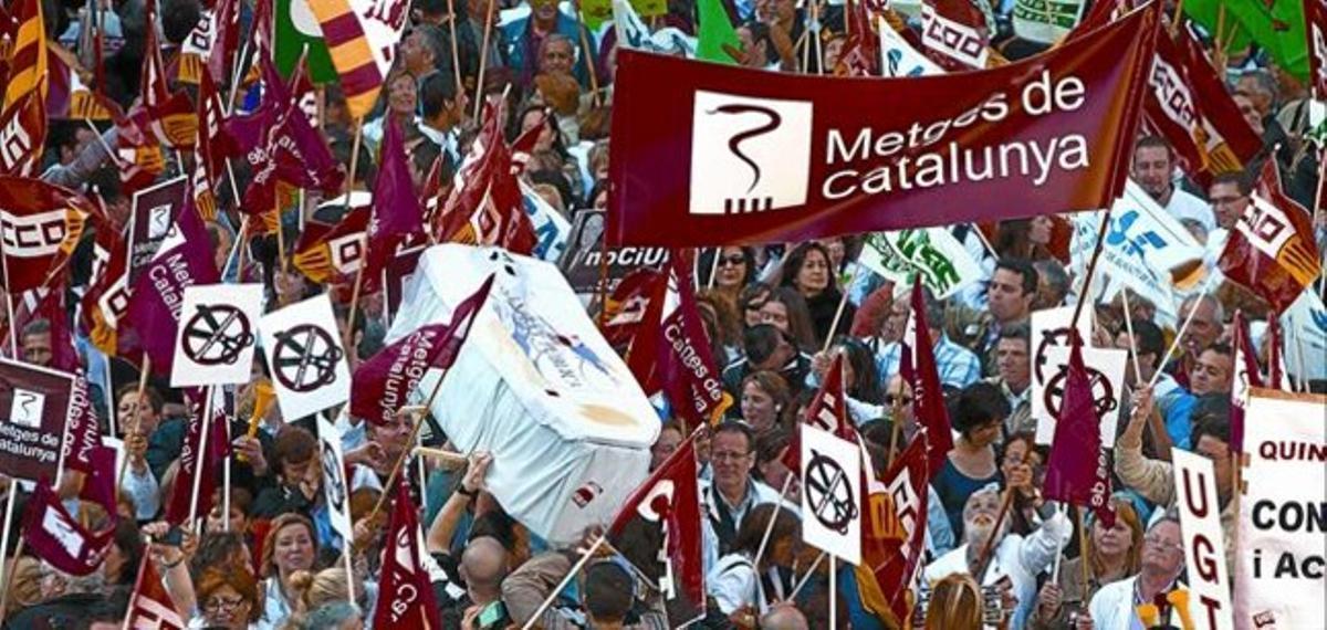 Un momento del masivo acto de protesta de ayer en Barcelona.