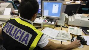 Un agente de la Policía Nacional en una imagen de archivo.