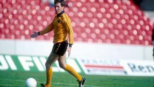 Peter Knowles, en un partido amistoso contra el Derby County en 1981.