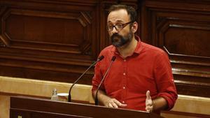 El diputado de la CUP Benet Salellas, en una intervención en el Parlament.