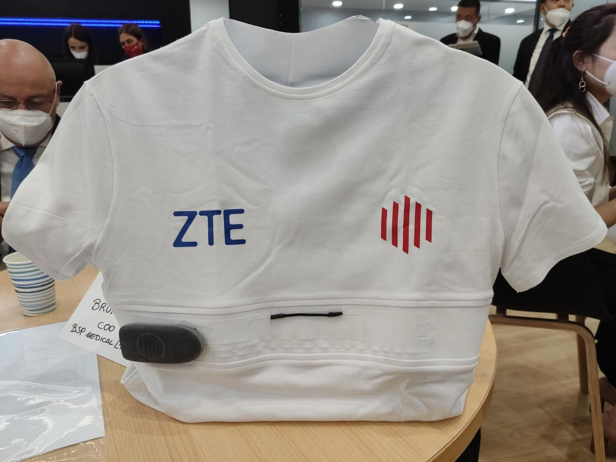 Camiseta inteligente. ZTE.