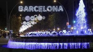 Nueva iluminación navideña en la Gran Via.